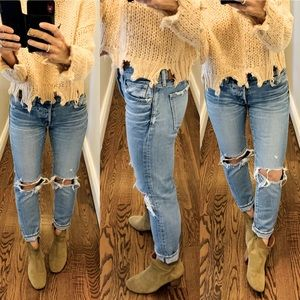 Highly-coveted MOUSSY distressed jeans, size 27